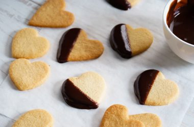 Chocolate Rose Petal Cookies