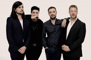 """Mumford & Sons Debuted New Single """"Guiding Light"""" On The Tonight Show"""