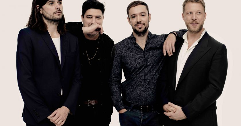 "Mumford & Sons Debuted New Single ""Guiding Light"" On The Tonight Show"