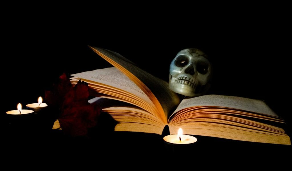 10 Spooky Books to Read this Halloween