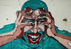 Social media distancing is needed to curb anxiety